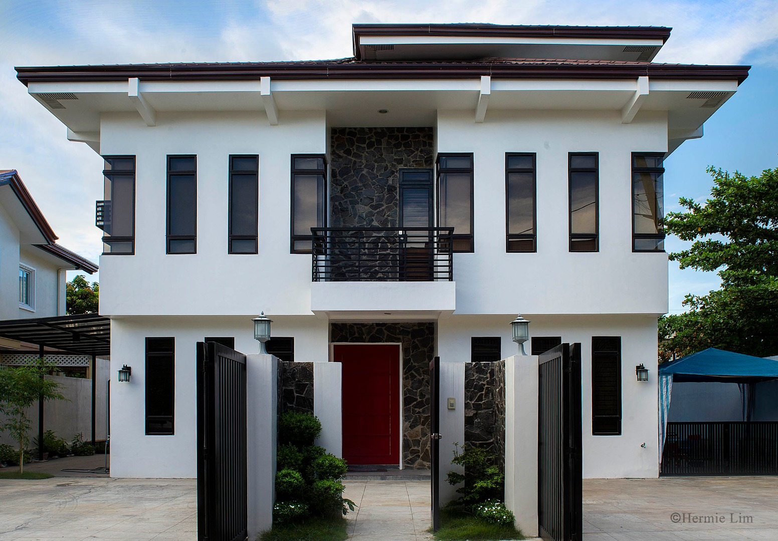 For Sale House & Lot in Parañaque City
