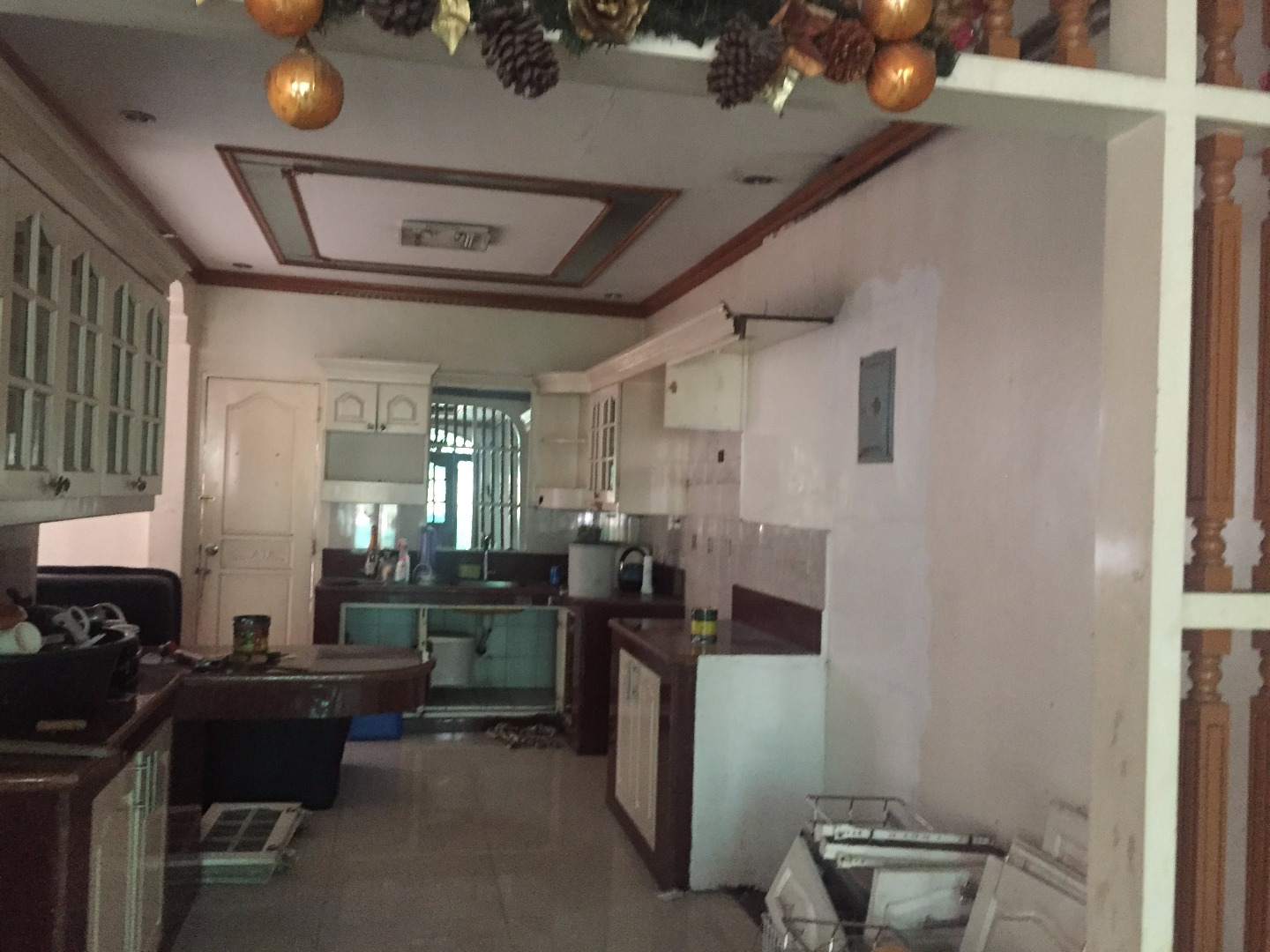 RUSH FOR SALE BUNGALOW HOUSE & LOT