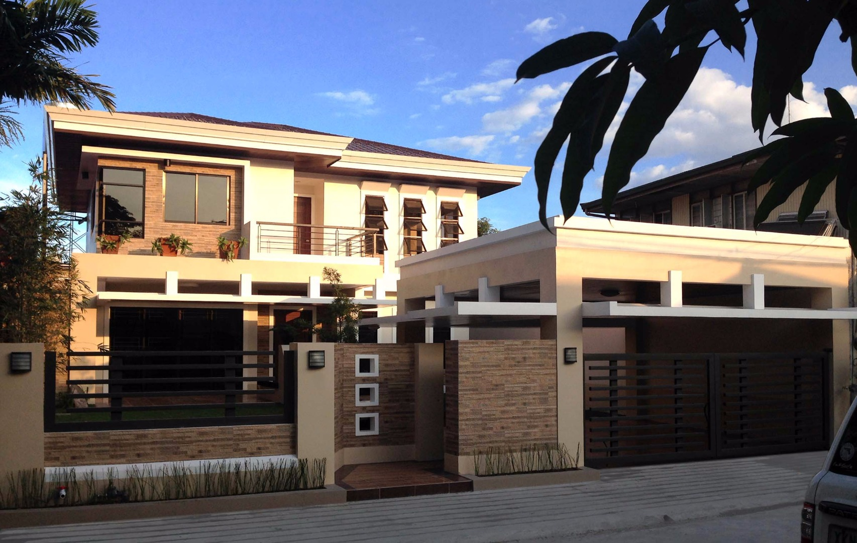 For Sale Modern Asian Single-detached