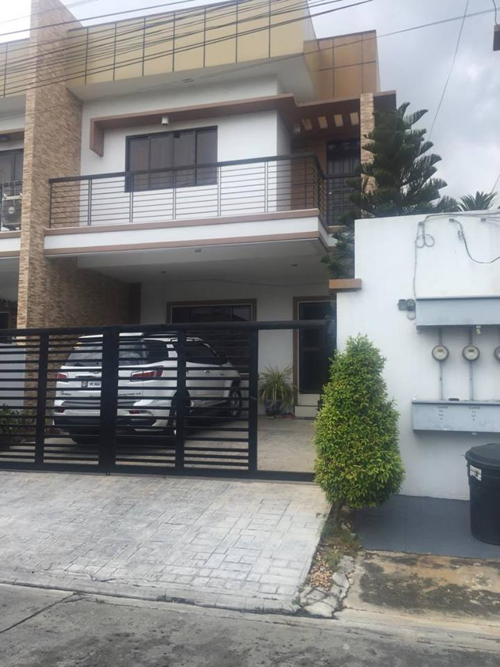 FOR SALE 2 Storey Townhouse MIllbrae Estates Paranaque City
