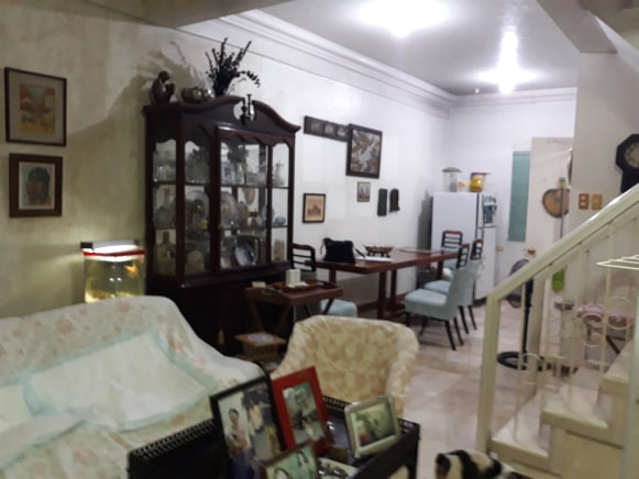 Pre owned townhouse for sale inside Marcelo Green Village